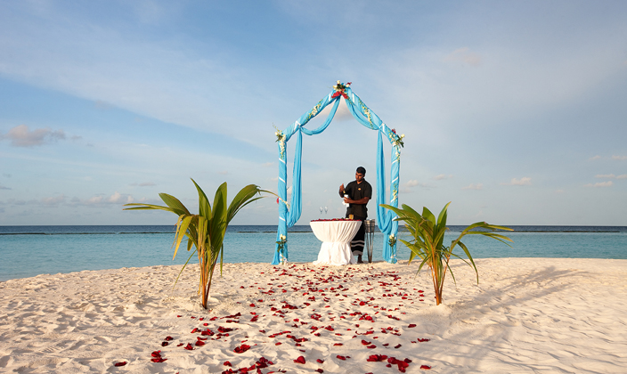 halaveli-maldives-wedding-1.jpg