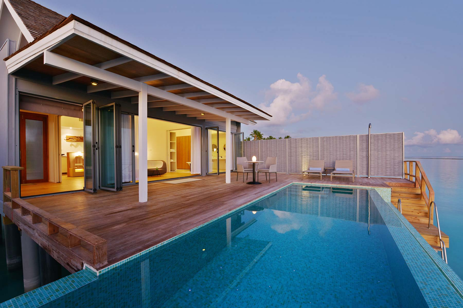 water-villa-with-pool-04.jpg