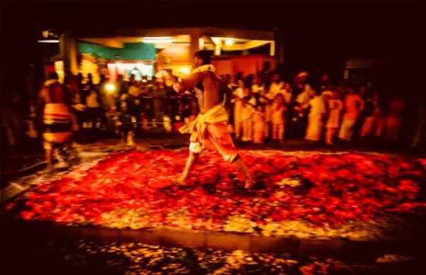 斐济走火仪式